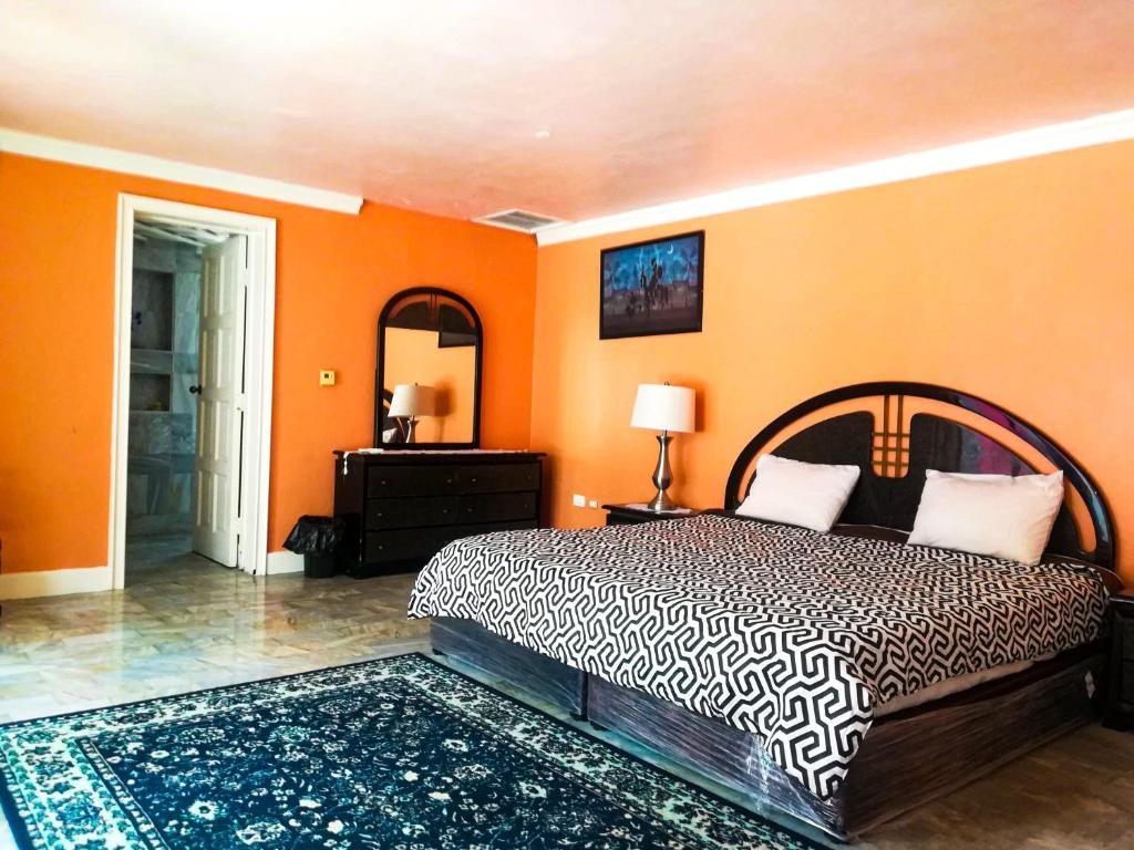 Habitación Tulipan -Casa Isabella Cozumel